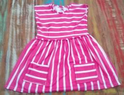 Vestido infantil rosa e branco feito com malha de algodão N.8