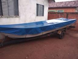 Barco 6 MTS bicudo com carretinha