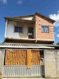Vende-se uma casa duplex