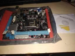 Placa mãe Intel H61 (com defeito)