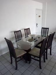 Título do anúncio: Baixei! Mesa de jantar com tampo de vidro + 6 cadeiras de madeira com assento em tacido