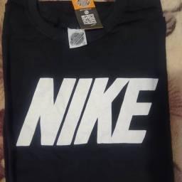 Título do anúncio: Kit de 6 camisetas de marca