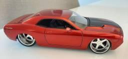 Miniatura Dodge Challenger 1:24 Jada