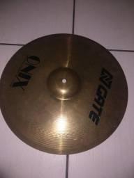 Pratos Gate cymbals Onix