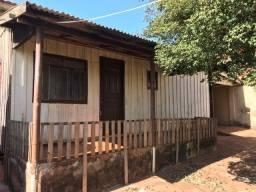 Alugo casa na Vila Santa Terezinha