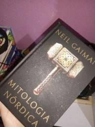 livro: mitologia nórdica (capa dura)