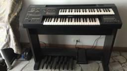 Orgão Yamaha HC-4