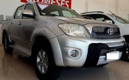 Toyota Hilux 4x4 Automatica - 2011