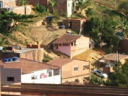 Troco terreno em Cruz das Almas medindo 4.20 por 22 + moto cb 300 2010 em carro