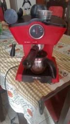 Cafeteira vermelha