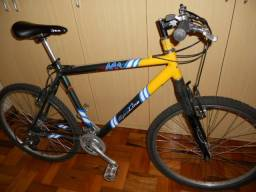 Excelente Bike aro 26 com suspensão retira em Cidreira-rs