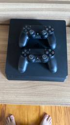 Playstation 4 - 2 controles PS4