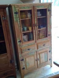 Armário rústico estilo madeira de demolição