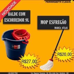 BALDE COM ESCORREDOR E MOP ESFREGÃO