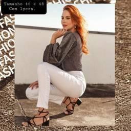 Calça jeans branca só tamanho 46 e 48.
