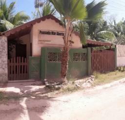 Linda casinha na rua principal de Xareu