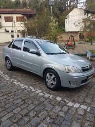 Corsa Sedan Premium 1.4 flex 2011