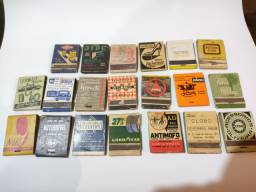 Coleção de caixas de fósforo 1957 antigas e raras