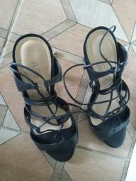 Título do anúncio: Lindo sapato arezzo original estado novo n34 Valor R$65
