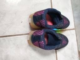 Sapato infantil com rodinhas e luzACEITO TROCAS