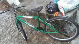 Título do anúncio: Bicicleta cemi nova
