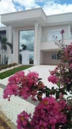 Sobrado com 3 dormitórios 270 m² - Parque Residencial Maria A Pedrossian - Campo Grande/MS
