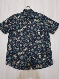 Título do anúncio: Camisa estampada de botão