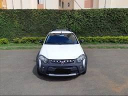 Fiat Strada 1.8 2016