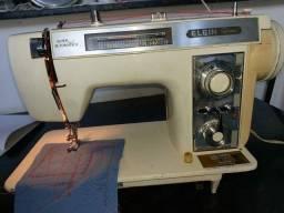 Máquina de costura doméstica Elgin