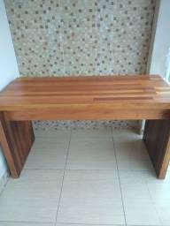 Título do anúncio:  Aparador /mesa e guadro grande *