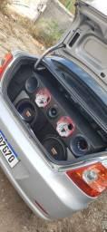 Título do anúncio: Troco som em roda 14 da Fiat
