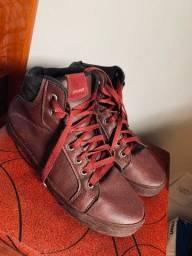 Título do anúncio: Vendo estes calçados