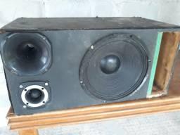 Troco trio por aparelho de som