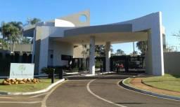Lote Acácia Imperial, ao lado Escola St James, 500 m2,topografia excelente,vr 390.000,00