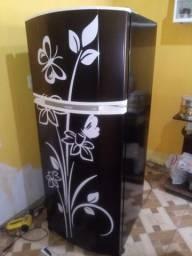 Envelopamento em geral de geladeiras zap *