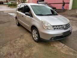 Nissan/Livina - 2011