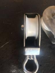 Fabricamos roldanas de inox