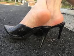 Sandálias e Sapatos usados