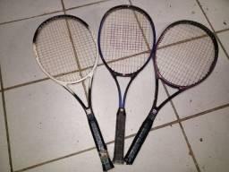 Raquete de tênis Wilson as três das fotos !!!