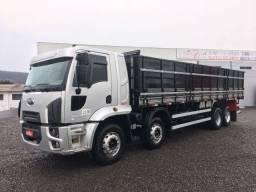 Ford Cargo 2429 ano 2013 bitruck graneleiro