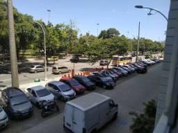 Praia do Flamengo, metrô Catete e vista Livre. Todo arrumadinho!