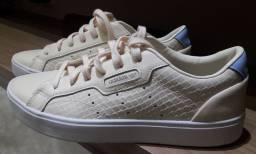 Lindo tênis Original Adidas