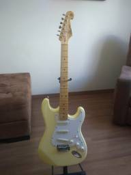 Guitarra SX Vintage SST57 Alpine White com encordoamento Elixir