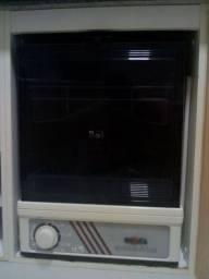 Lava louças Enxuta automática - pouco usada