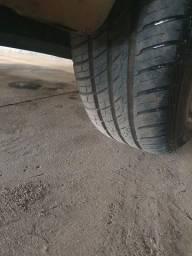 Vendo ou troco 4 pneus 175-70-13 novos
