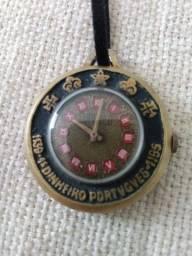 Relógio antigo DINHEIRO PORTUGUÊS, a corda, relíquia