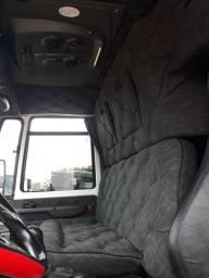 Ford cargo 2428 2010 com ar condicionado