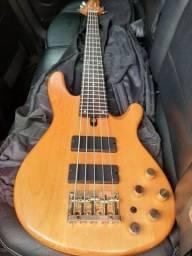 Baixo Yamaha bb605
