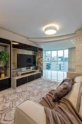 Apartamento no Ed. Le Majestic, mobiliado, decorado e equipado, com 3 suítes,  3 vagas em