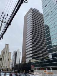 Conjunto Comercial para alugar por R$ 1200.00, 54.19 m2 - BATEL - CURITIBA/PR